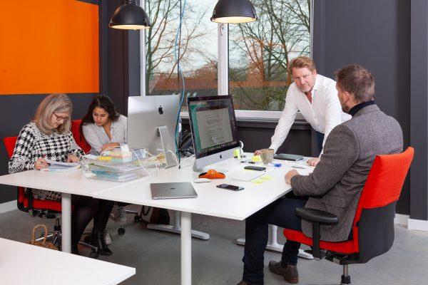 bedrijfsreportage, fotoshoot, Taxapi, interieur, architectuur, werkplek