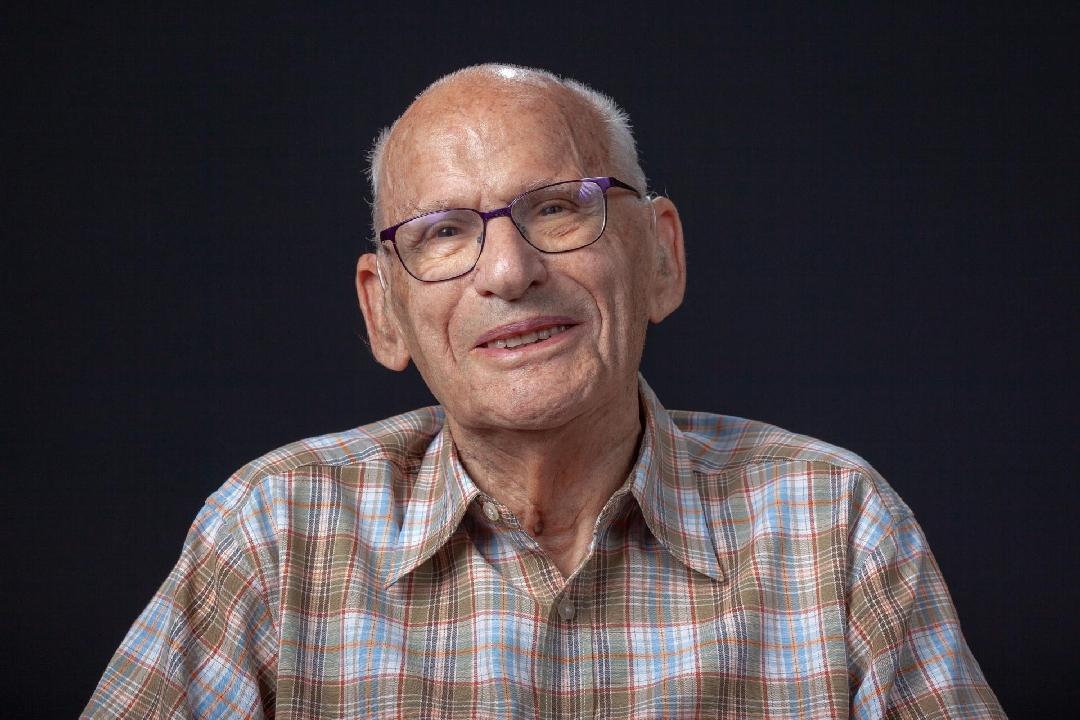 senioren portret man, fotoshoot, studioportret, fotograaf