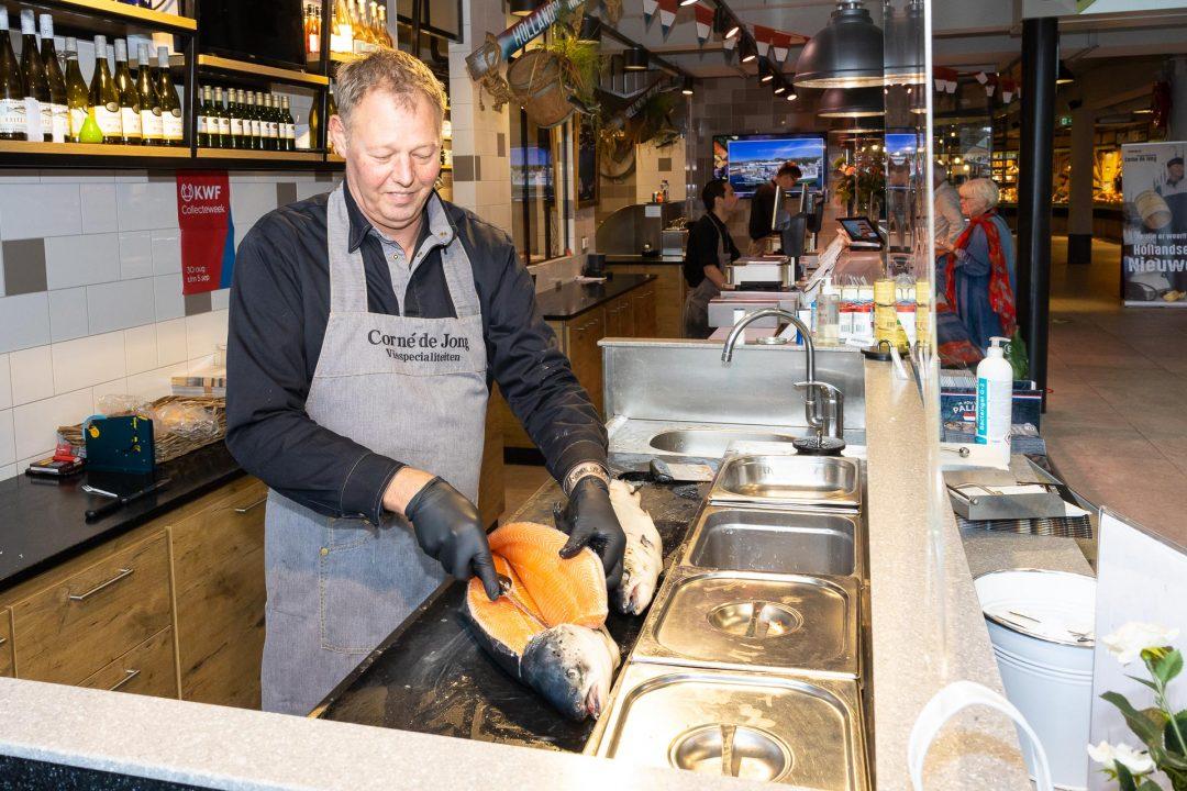 bedrijfsfotografie in viswinkel Corne de Jong - Houten het Rond - bedrijfsfotograaf, bedrijfsreportage