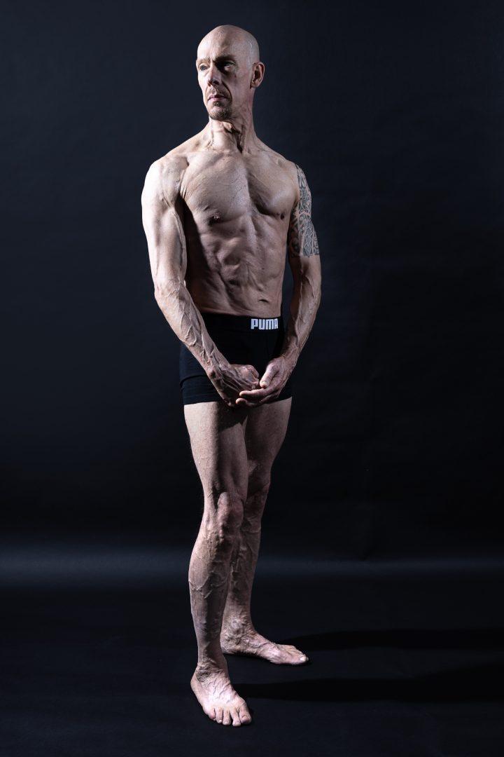 portret van stoere bodybuilder, fitness, studioopname, mooi licht